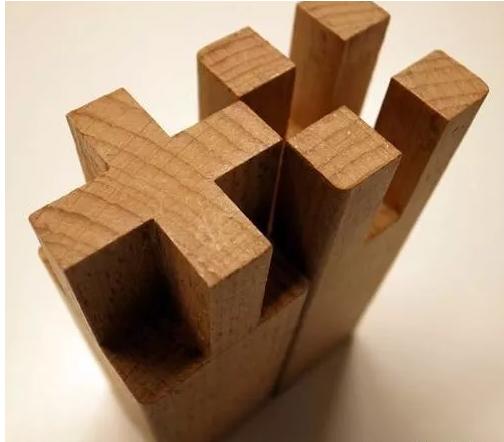 榫卯结构是一项精湛的木工技艺,早在石器时代榫卯结构就诞生了,它